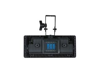 Showtec XPLO-15 Infinity LED Strobe - high class outdoor Strobe mit 28'000 Lumen