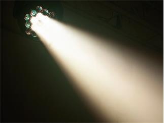 Eurolite LED TMH-X5 Moving-Head Wash Zoom 19 x 12W RGBW B-STOCK