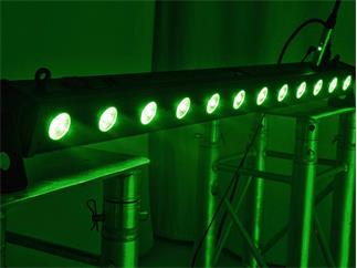 EUROLITE LED BAR-12 QCL RGBA Leiste