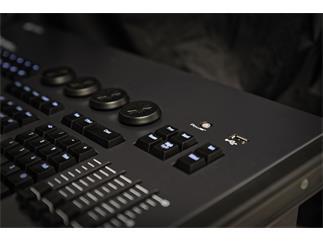Infinity Chimp 100 W-DMX - 2 Universe DMX Console B-Ware Versandrückläufer