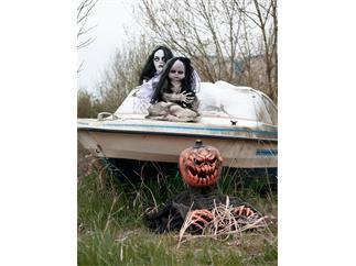Europalms Halloween Tanzende Geisterpuppe, 46cm Animierte Horrorpuppe mit Licht- und Soundeffekt