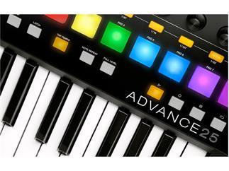 Akai Advance 25 Keyboard Controller