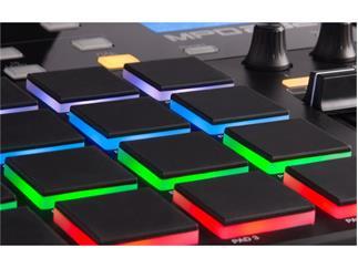 Akai MPD232 Pad-Controller 16 RGB MPC Pads mit 4 Bänken