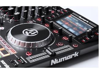 Numark NV II Dual-Display 4-Kanal Controller für Serato DJ 2. Generation