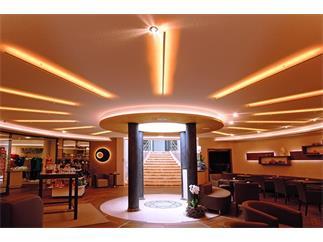 Flexibler LED Stripe 3528 SMD 12V DC 2700K 12V DC Schnittmöglichkeit (je)25 mm / 3 LED