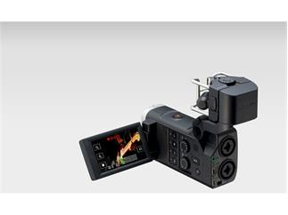 Zoom Q8 Video Handy Recorder