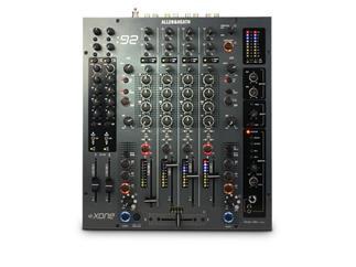 Allen & Heath XONE:92, 6-Kanal Mixer Lineare Fader
