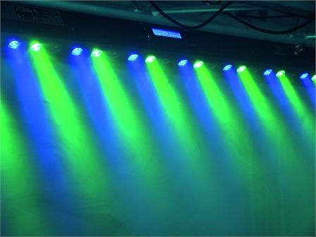 EUROLITE LED Bar 2 RGB 27/1 schwarz 27x 1W LEDs