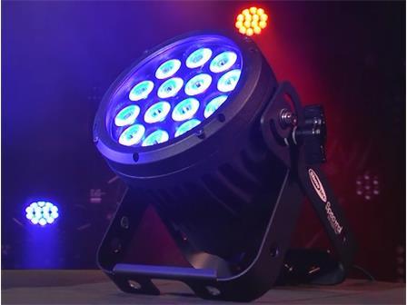 Showtec Spectral M850 Q4 14x 8Watt RGBA LED Tour