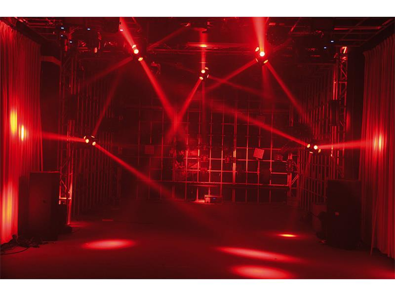 IMG STAGE LINE Moving Head Effect Unit CUBE-630/RGBW