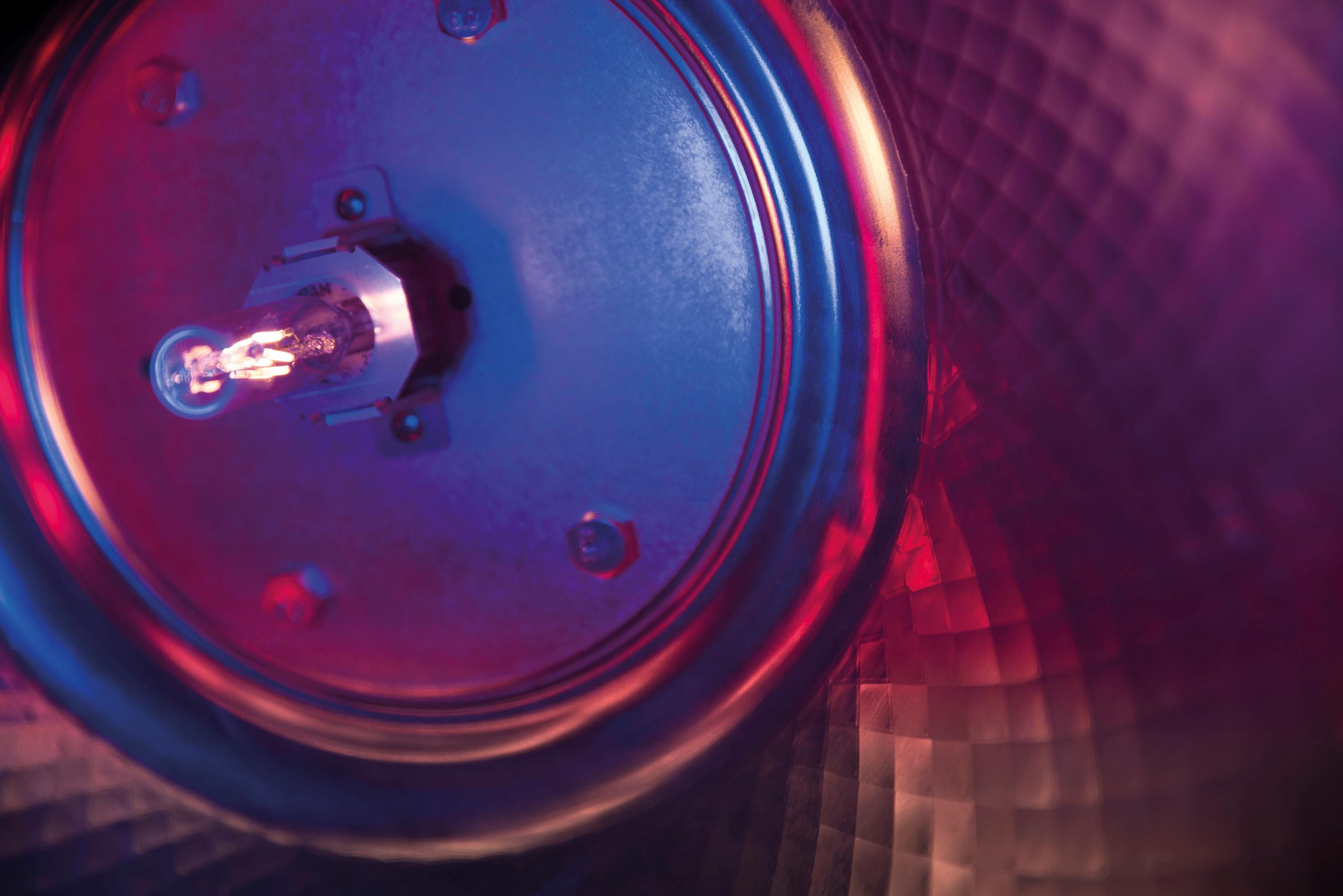 Showtec Vintage Blaze 33 300w Rgb Led Controller 12v Fr Stripes Mit Tollen Effekten Inkl